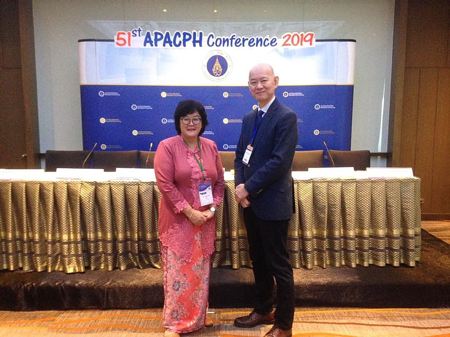 The new President of APACPH, Professor Wah Yun Low (left) with the Immediate Past President of APACPH, Professor Masamine Jimba, University of Tokyo at the General Assembly of APACPH on 20th November 2019 at the Amari Watergate Bangkok, Thailand