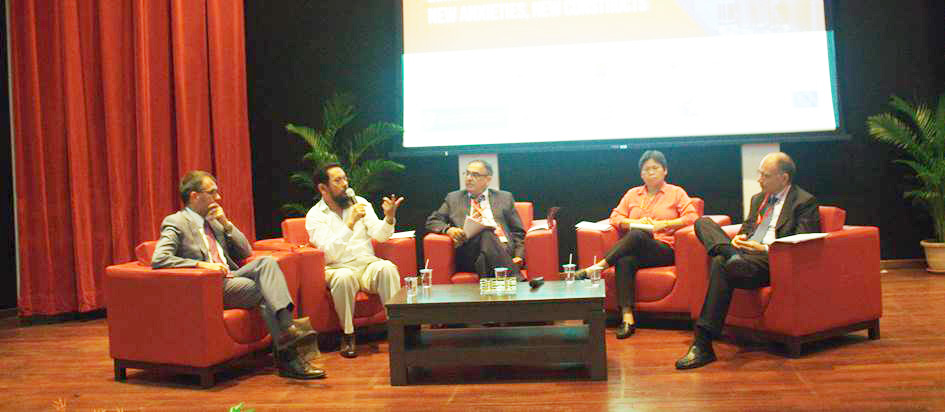 From left to right: Professor Sven Biscop, Dr. Farish A. Noor, Dr. Jatswan Singh, Dr. Yeo Lay Hwee and Mr. Enrico Letta