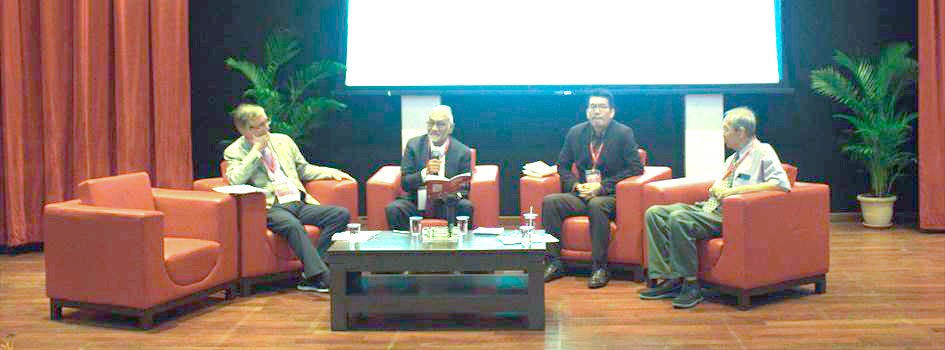 From left to right: Dr. Brian Bridges, Professor Johan Saravanamuttu, Dr. Ngeow Chow-Bing, Dr. Cheong Kee Cheok