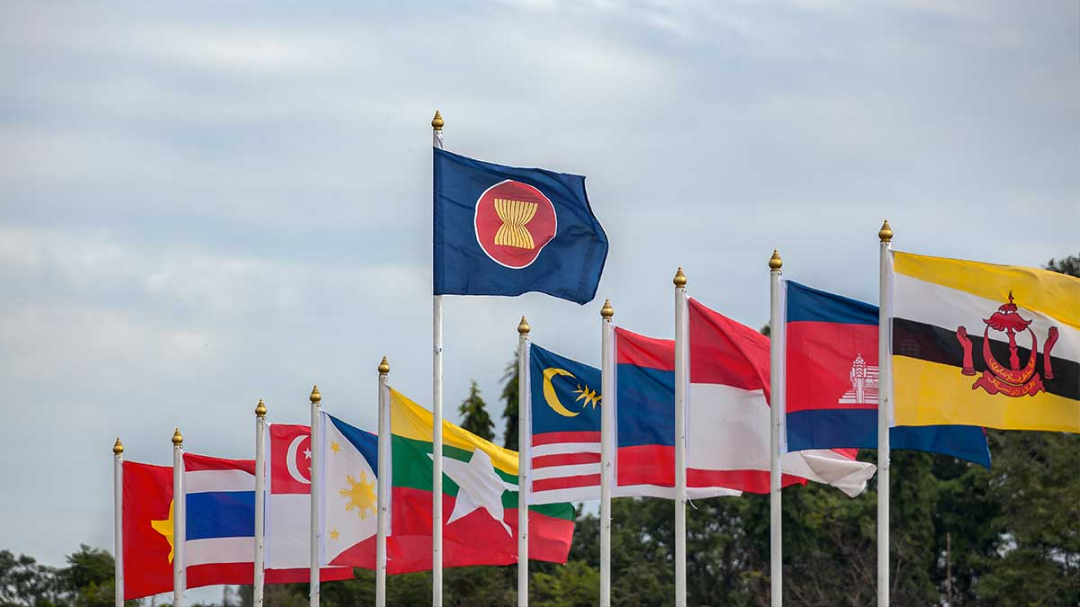 International community waiting to see tangible outcome from Saturday's ASEAN meet