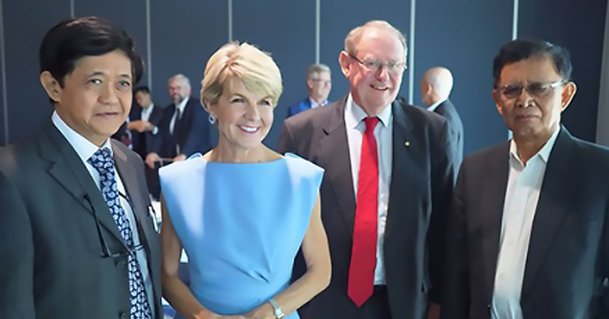 From left: Ambassador Lyn Khun Maung (Myanmar), The Hon. Julie Bishop, MP Mr Richard Smith – Co-chair, AusCSCAP and Ambassador Wiryono Sastrohandayo (Indonesia)