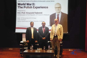 Dr. Rahul Mishra (moderator), Assoc. Prof. Dr. Jatswan Singh (Acting Executive Director of AEI and H.E. Prof. Krzysztof Debnicki, the Ambassador of the Republic of Poland to Malaysia